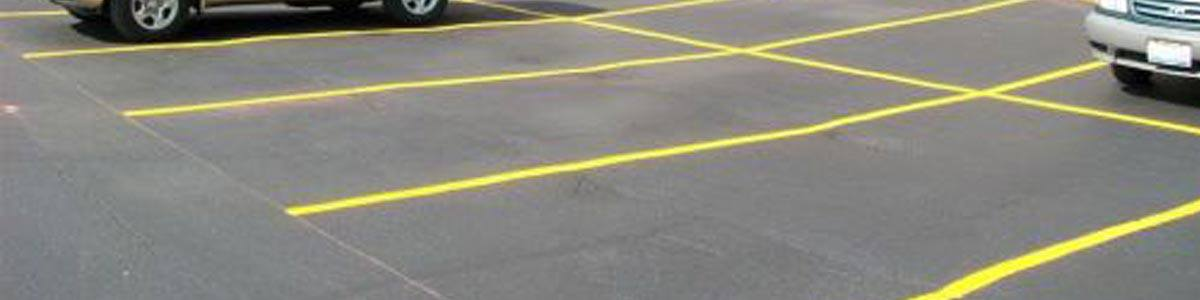 commercial & industrial parking lot maintenance in chicago